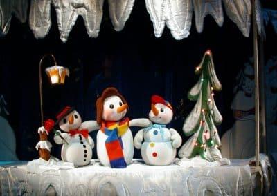 Коледен спектакъл ТРИМАТА СНЕЖКОВЦИ
